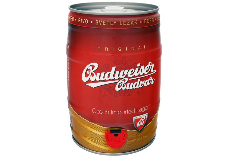 Kết quả hình ảnh cho Bia Budweiser Budvar Original bom 5l